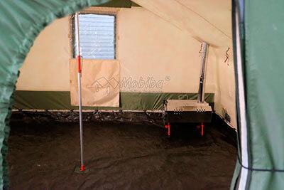 Центральная подпорка, значительно увеличивающая снеговую сопротивляемость палатки. Армейская палатка Роснар Р-34